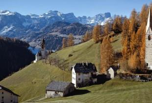 escursione-alle--viles--di-la-val-in-val-badia-bambini-in-montagna