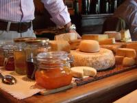 Il carrello dei formaggi del ristorante La Zucca