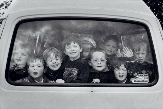 """Elliott Erwitt: """"Fifty Kids"""""""