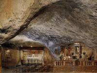 La Grotta di S. Michele Arcangelo a Monte Sant'Angelo