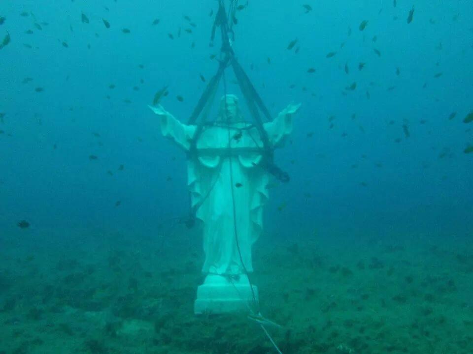 Cristo degli Abissi nei fondali di Palermo